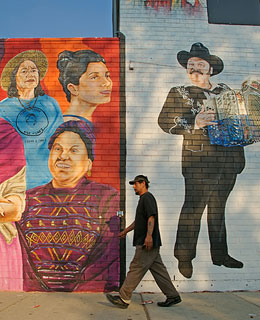 America's Best Secret Neighborhoods: Pilsen, Chicago, IL