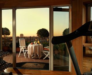Best Hotel Gym Views: Principe di Savoia, Milan