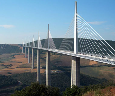 new landmarks around the world: Millau Viaduct