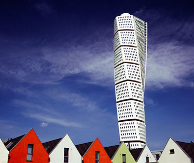 new landmarks around the world: Turning Torso