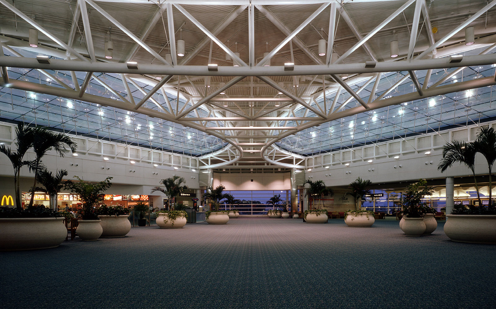 America's best and worst airports: Orlando (MCO)