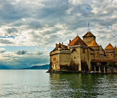 beautiful castles: Château de Chillon, Montreaux, Switzerland