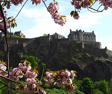 beautiful castles: Edinburgh Castle, Scotland