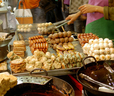 world's most delicious street food: Hong Kong