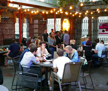 America's best outdoor bars: Neons Unplugged