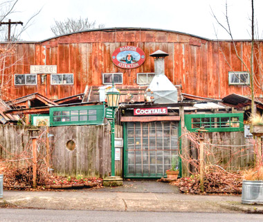 America's best outdoor bars: Roadside Attraction in Portland