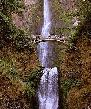 beautiful waterfalls: Multnomah Falls, Cascade Locks, OR