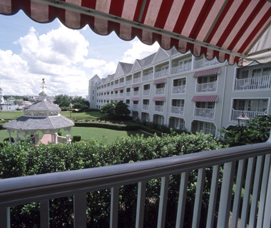 Best Hotels in Orlando: Disney's Yacht Club Resort