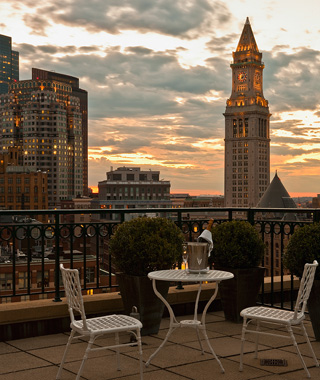 Best Hotels in Boston: Harbor Hotel at Rowes Wharf