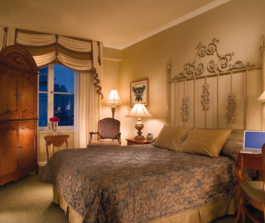 Best Hotels in New Orleans: Omni Royal Crescent