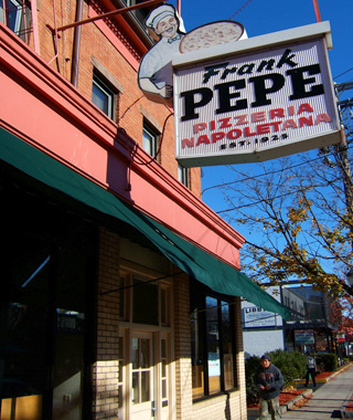 Frank Pepe Pizzeria Napoletana, New Haven, CT