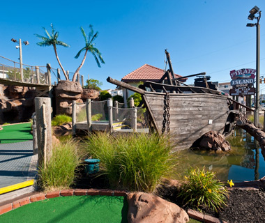 Wackiest Mini-Golf Courses: Pirate Island Golf