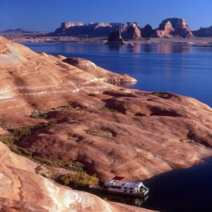 Lake Powell Boating Adventure