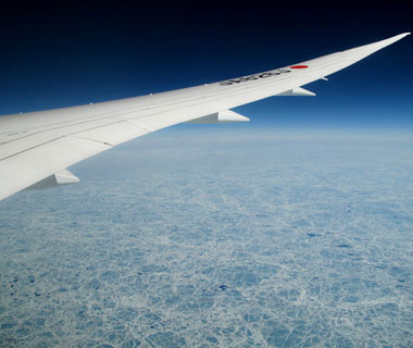 Beautiful Photos from Airplane Windows: JAL 787-8 over Canada