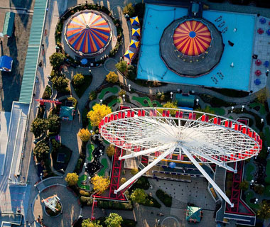 Beautiful Photos from Airplane Windows: Chicago's Navy Pier