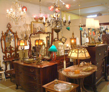 America's Best Flea Markets: Antiques Extravaganza