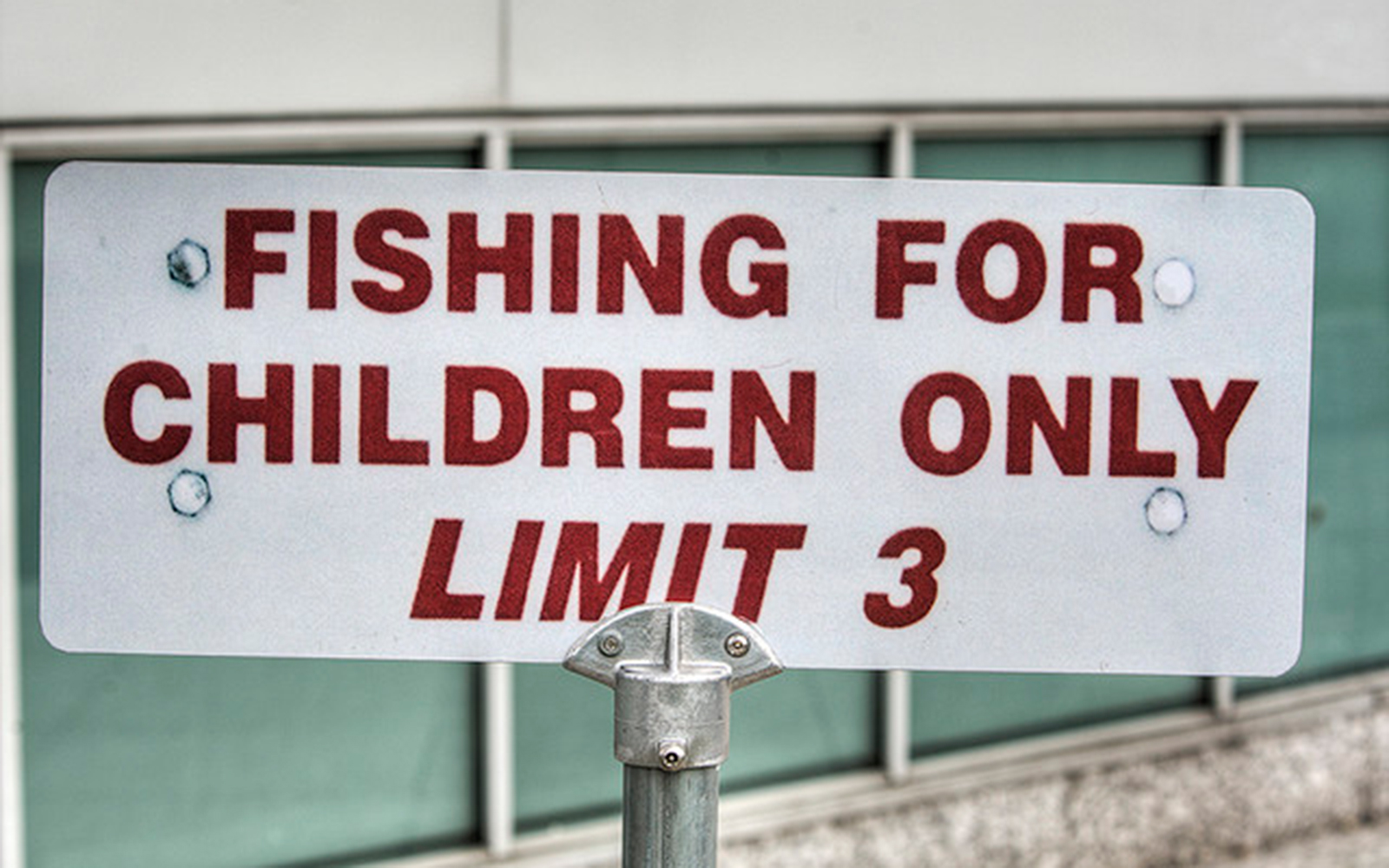 Funny Signs from Around the World: fishing for children