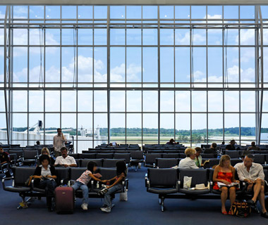America's Best and Worst Airports for Flight Delays: Houston (IAH)