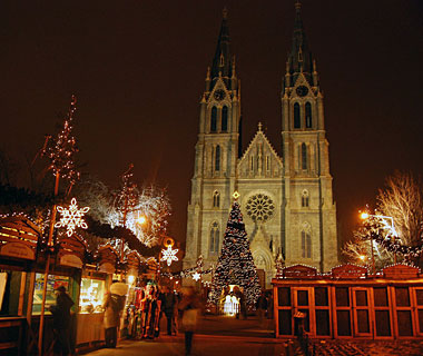 Beautiful Christmas Lights Around the World: Prague