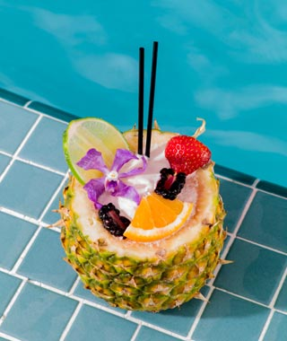Top Florida Attractions: cocktail at the Mandarin Oriental, Miami