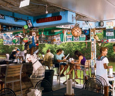 Top Florida Attractions: conch fritters