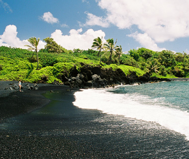 Best Beaches on Earth: Black Sand Beach, Waianapanapa State Park, Maui