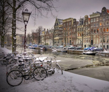 Beautiful Winter Scenes Around the World: Amsterdam