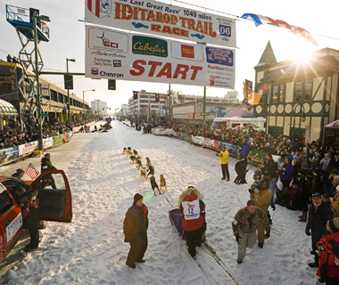 Coolest Vacations for Dog Lovers: Iditarod