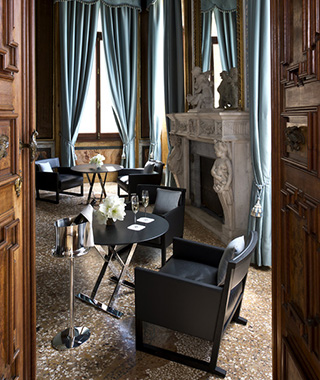 Most Romantic Hotel Fireplaces: Aman Canal Grande Venice