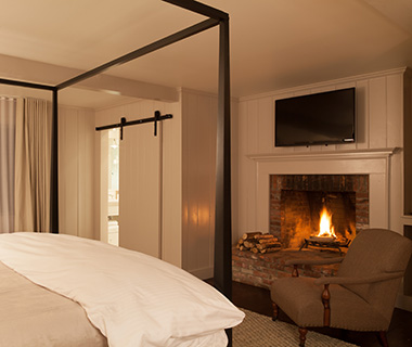 Most Romantic Hotel Fireplaces: Edson Hill Manor, VT