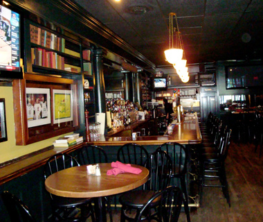 America's Best College Bars: Murphy's on the Green