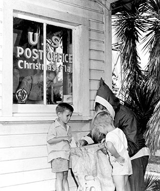 Quirkiest Post Offices: Christmas