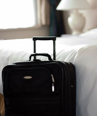 201305-w-money-saving-tips-for-hotels-late-check-out