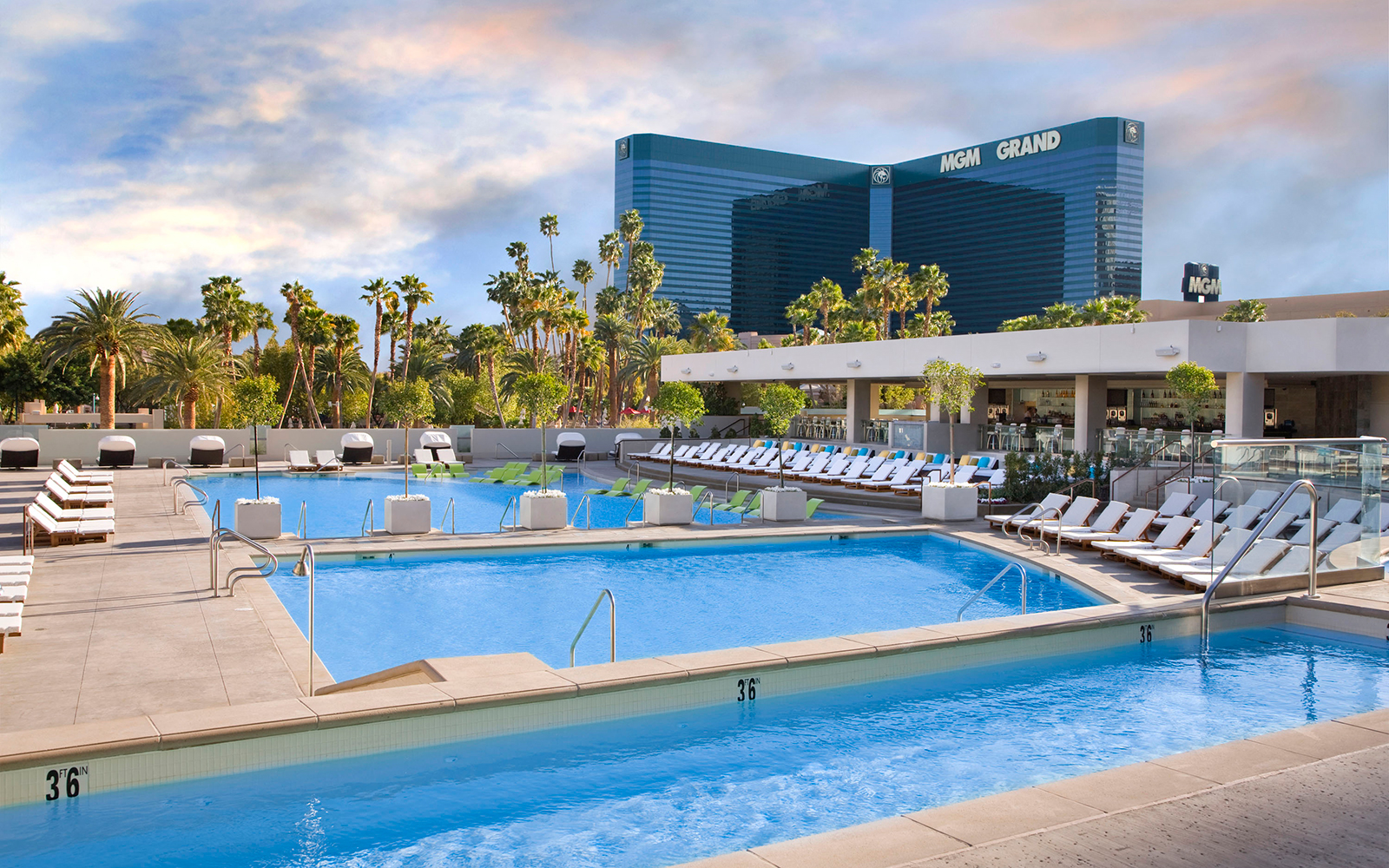 Best Pools in Las Vegas: MGM Grand