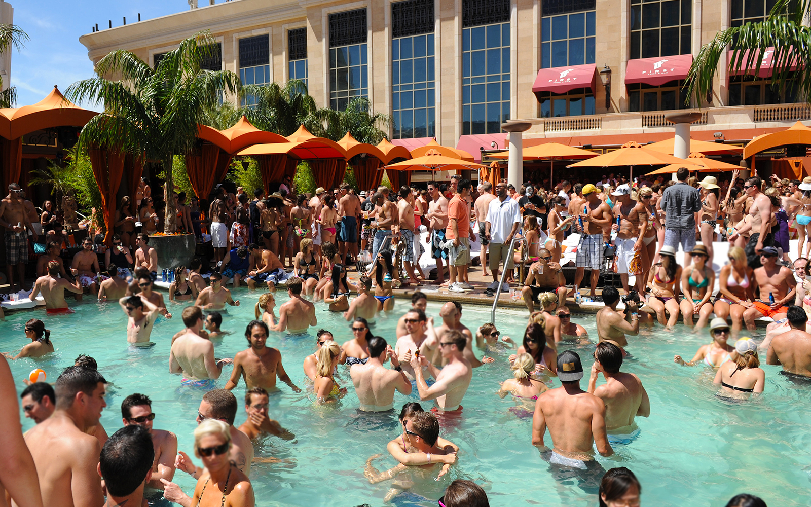 Best Pools in Las Vegas: Tao Beach, The Venetian