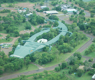 Buildings Shaped Like Animals: Gagudju Crocodile Holiday Inn