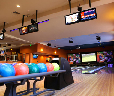 America's Coolest Bowling Alleys: Crush Ultra Lounge at The Meritage Resort