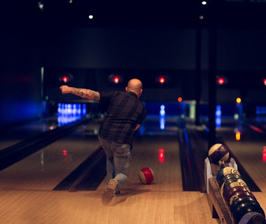 America's Coolest Bowling Alleys: The Goodnight