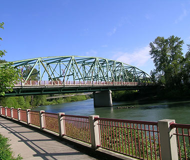 America's Most Dangerous Bridges: Coburg Road over Willamette River (Ferry Street Bridge)