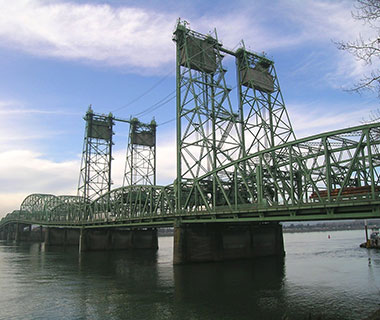 America's Most Dangerous Bridges: I-5 over the Columbia River NB