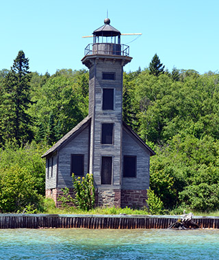 Beautiful Lighthouses in America: Grand Island East Channel Light
