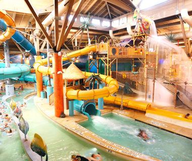 America's Coolest Indoor Water Parks: Splash Lagoon