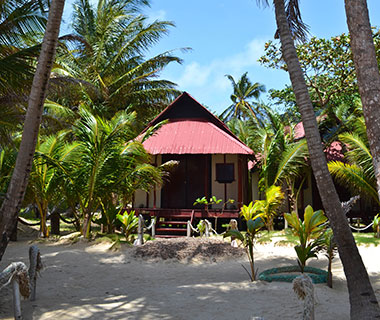 Best Affordable Resort Hotels: Little Corn Beach & Bungalow