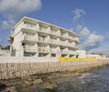 Best Affordable Island Hotel: Hotel Rocamar