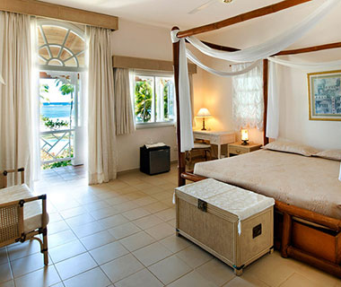 Best Affordable Island Hotels: Villa Serena