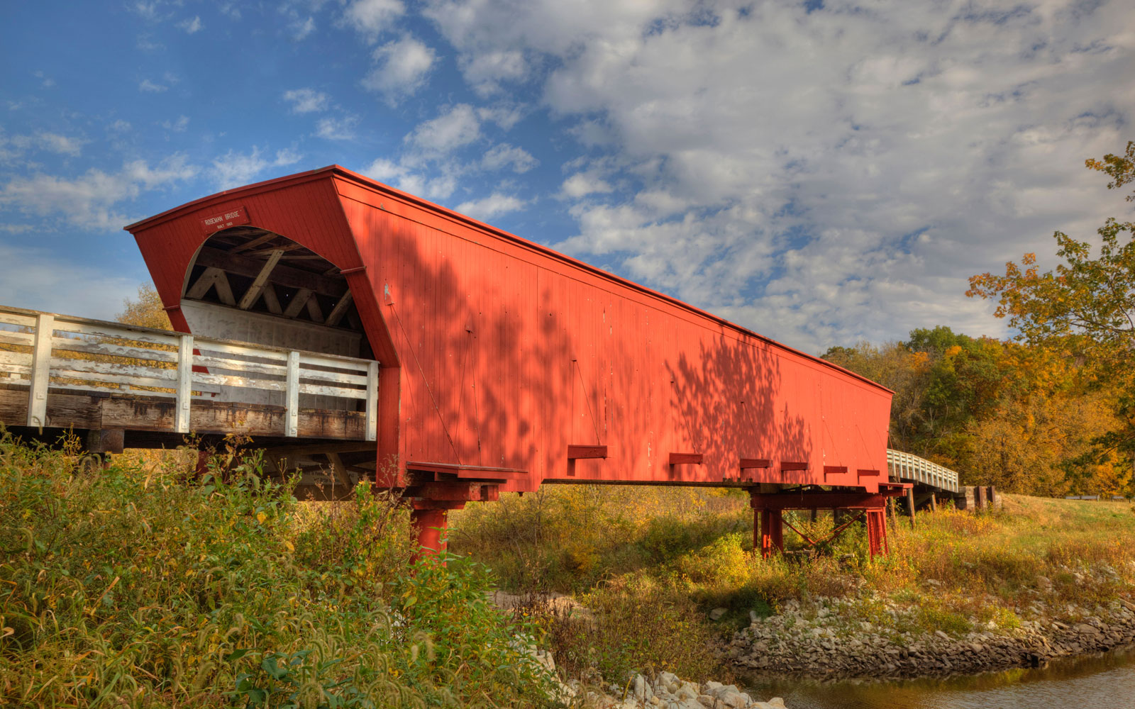 America's Most Beautiful Covered Bridges: Roseman