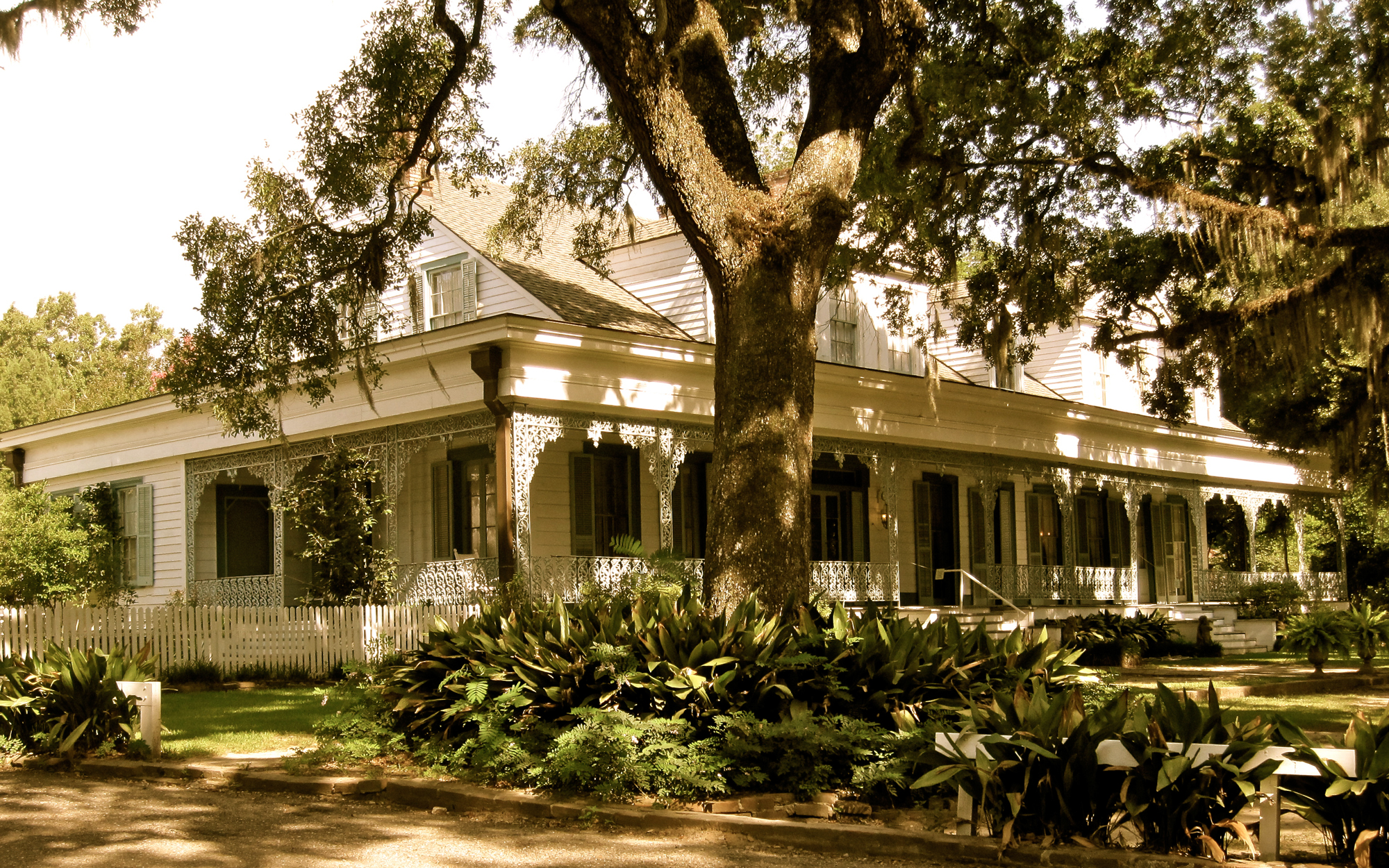 America's Most Haunted Places: Myrtles Plantation
