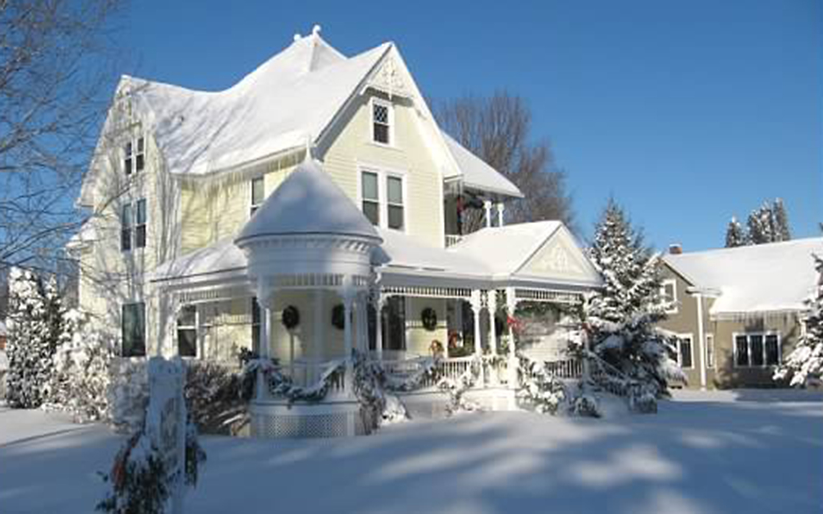 America's Most Romantic Winter Destinations: America's Most Romantic Winter Destinations: Anna V's B&B