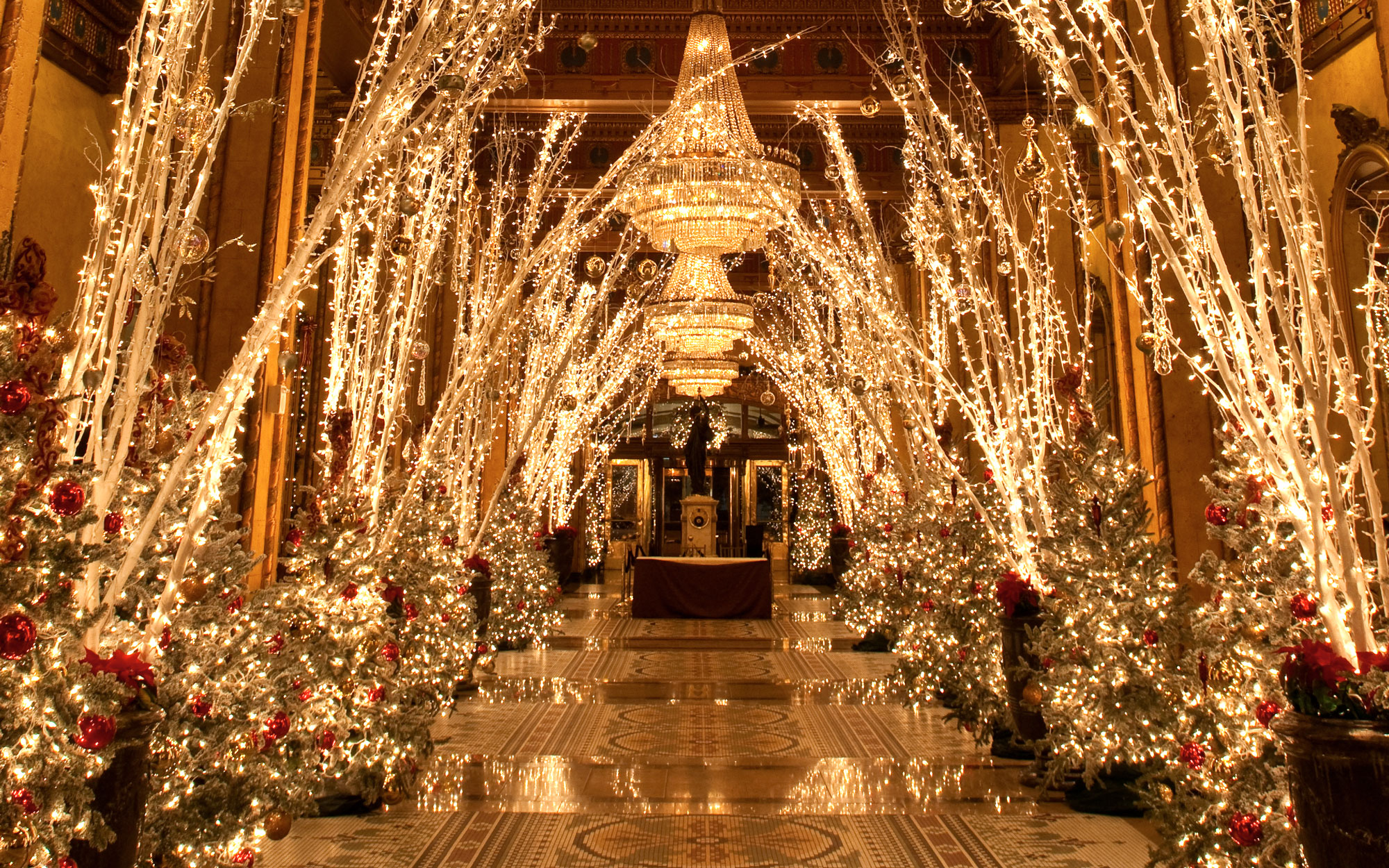 America's Best Hotels for Christmas: The Roosevelt Hotel, New Orleans