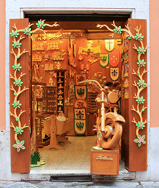 World's Greatest Toy Stores: Bartolucci